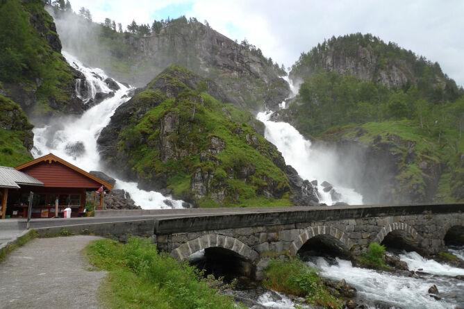 Låtefossen, Norwegia